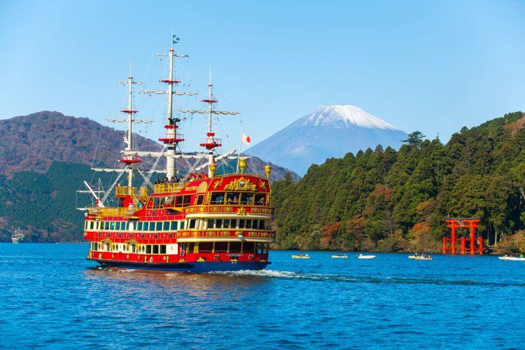 Le lac Ashi et le mont Fuji